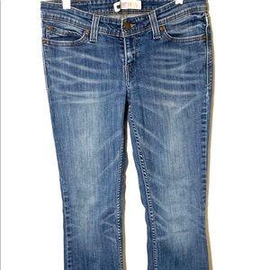 Levi straight leg jeans size 7